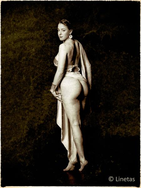Linetas-Portraits-Nudes-Erotica-P4140086