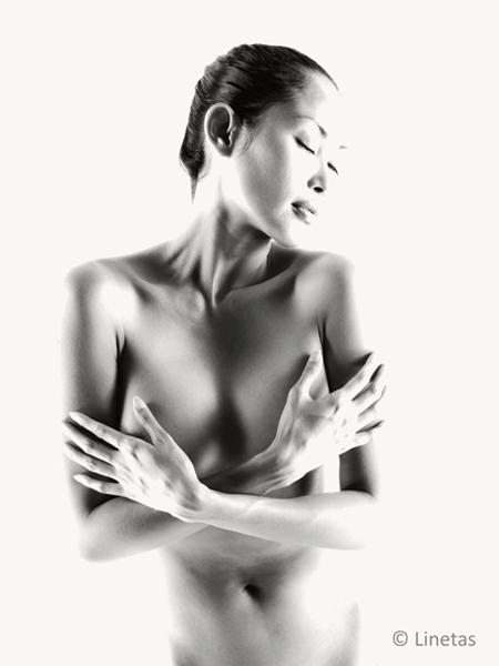 Linetas-Portraits-Nudes-Erotica